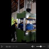 200T四柱万能油压机视频